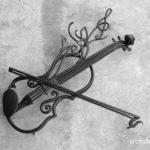 音楽教室のロートアイアン看板